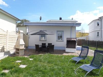 Das Ferienhaus mit Terrasse u. abgeschlossenem Garten