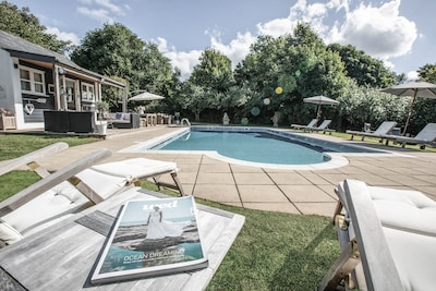 Country Estate to sleep up to 14  with stunning outdoor pool set in 10 acres.