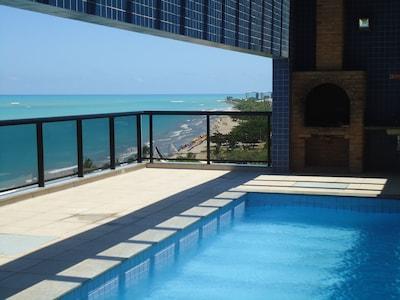 Apartamento de dois quartos à beira-Mar de Pajuçara - Com WI-FI
