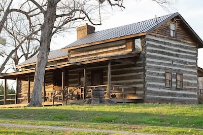Historic Log Cabin On 90 Acres for Maximum Relaxation