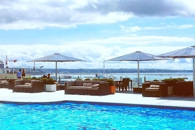 The best resort style pool overlooking Auckland Harbour in CBD is available for your use
