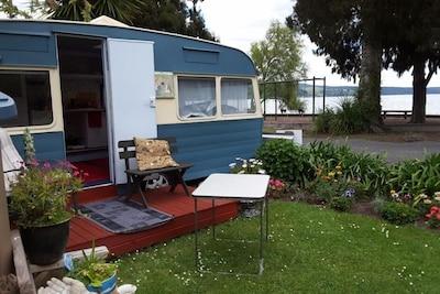 Caravan / deck