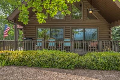 Kick Back Cabin- Log Cabin in Lake Lure, NC