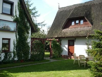Wohnhaus Eigentümer und Ferienhaus mit Ferienwohnung Morgensonne parterre