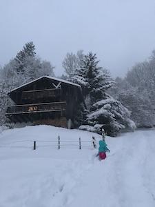 Notre chalet après de belles chutes de neiges