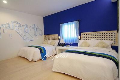 Quadruple Roomx-