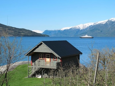 Gjerdaker Station, Voss, Vestland, Norway