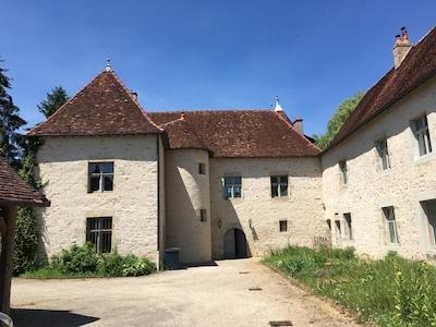 Le château de Lantenne