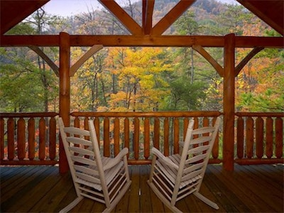 Gorgeous Mountain View from the Deck
