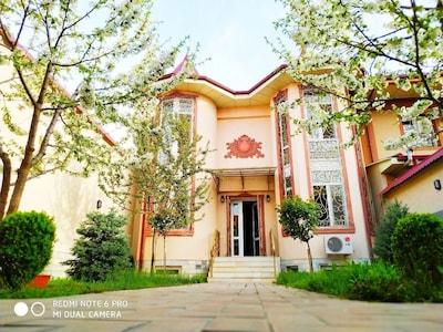 Galleria di Arte Moderna di Tashkent, Tashkent, Uzbekistan