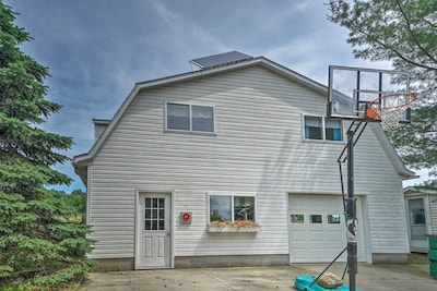 Middlefield Vacation Rental | 1BR | 1BA | 2,000 Sq Ft | Hoop not available