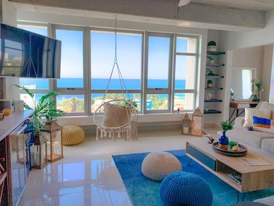 Living Room w/Amazing Ocean Views