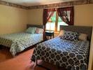 2 full size beds / basement
