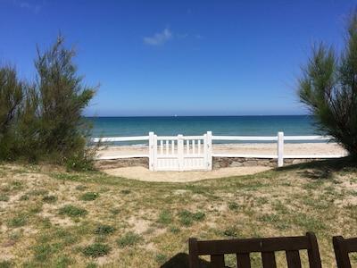 Accès du jardin à la plage