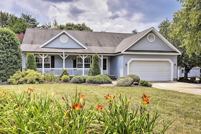 This well-appointed home boasts 3 bedrooms and 2 bathrooms to sleep 6 guests.