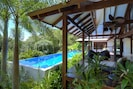 Luxury holiday home close to Port Douglas Three bedrooms Private, swimming pool