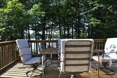 deck with view of lake (outdoor dining and gas grill)