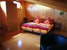 Ferienwohnung 79 qm mit zwei Schlafzimmern und Balkon-Apartment 2