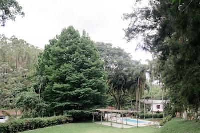 Fazenda de Eucalíptos com lareira|piscina|sauna|salão de jogos!