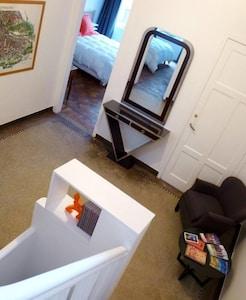 Le palier qui dessert la Suite et la Chambre du 1er étage