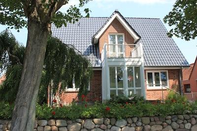 Wunderschönes Ferienhaus mit eigenem Garten zentrumsnah in sehr guter Lage