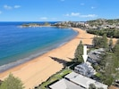 2 minutes walk to Terrigal Lake