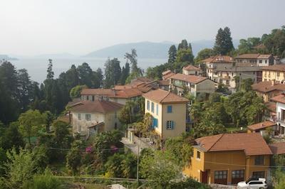 Haus und Gärten im historischen Ortskern