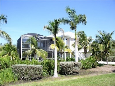 This is the front view of our Sanibel Hideaway.
