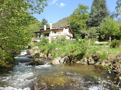 The River Mountain House in Nohèdes