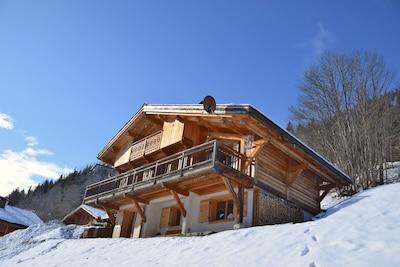 Mont Blanc Chalet à Saint Nicolas de Véroce Façade Est