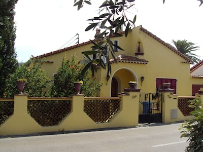 La maison côté rue