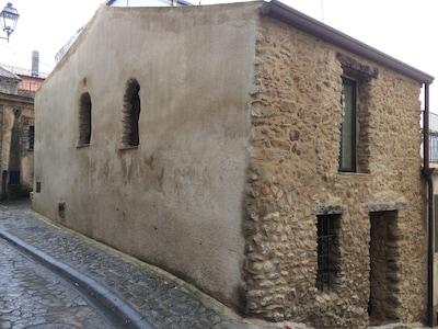 Casa storica nel centro di Santa Severina