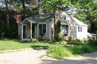 90 Fairfield Cottage