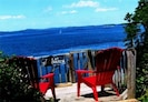 Beautiful view deck w/stairs to beach