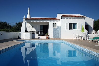 Secluded Family Friendly Villa with Private Pool, Free WIFI & International TV