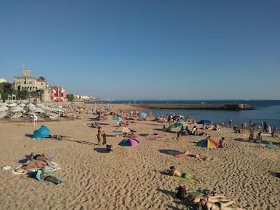 October  , late afternoon  Estoril beach