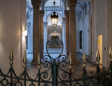Luccoli's Fountain - Luxury stays in historic buildings