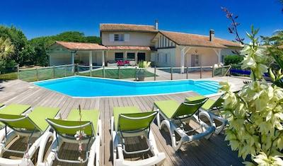 """la villa """"La Belle Océane"""" avec piscine et terrasses"""