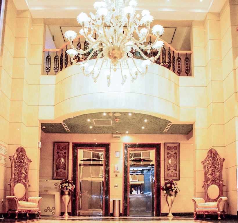Chic Suite In Lively Area Near Rolla Square Park Sharjah