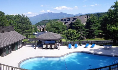 Stunning views from the pool and hot tubs here.