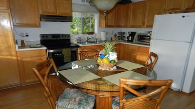 Kitchen & dining space. Equipped generously for maximum 2 people on vacation.