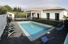 villa avec piscine sécurisée chauffée
