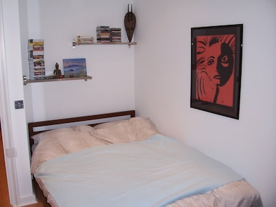 2 bed flat in a great location, historic fire station in Hammersmith, London W6