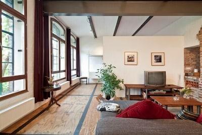 Wohn- und Schlafbereich im Loft