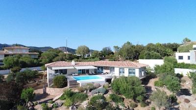 Vue de drone, 4Ch, piscine 9x5, grande terrasse plein sud
