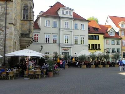 Wenigemarkt an der Krämerbrücke