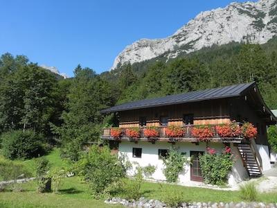 Haus am See vor Reiteralm