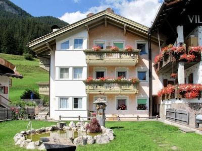 Comici 2 Ski Lift, Selva di Val Gardena, Trentino-Alto Adige, Italy