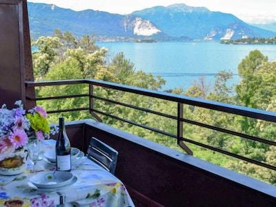 Cerro Lago Maggiore, Laveno Mombello, Lombardei, Italien