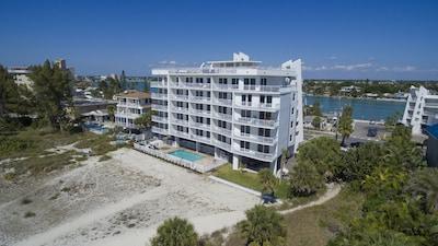 Treasure Island Hotel suites